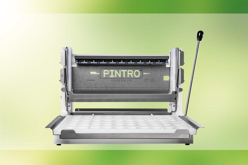 PINTRO P720 manuele brochettemachine met banner wit