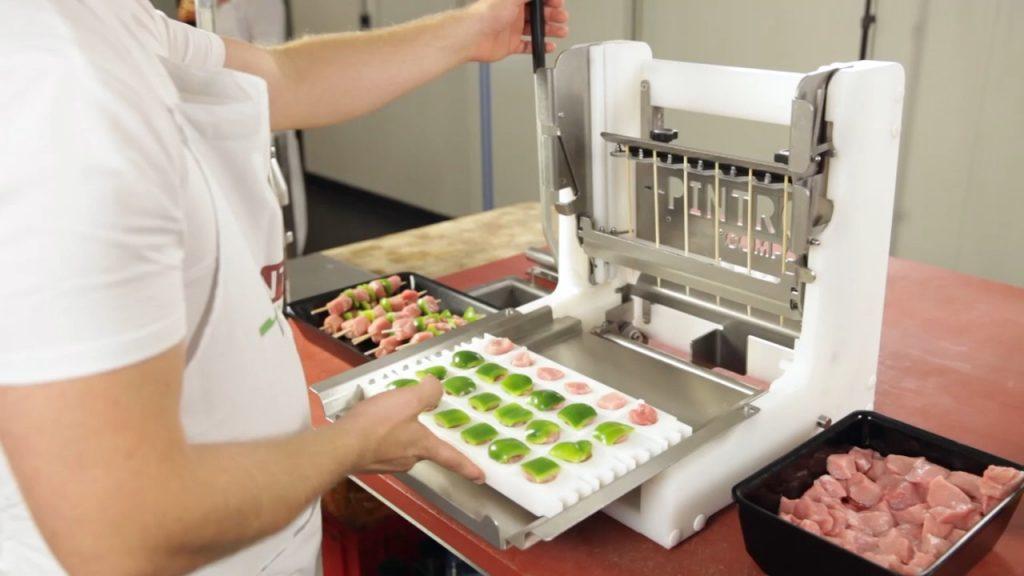 PINTRO Machine à brochettes manuelles